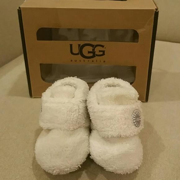 d371efc2744 BIXBEE Ugg baby shoes size 0/1